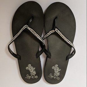 DISNEY BLACK/SILVER MICKEY MOUSE SANDALS SIZE 8.5